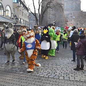 ESSO TIGER ToonWalk Nürnberg 01-02-14 walkact event promotion 11 © TIGER-OFFICE.NET