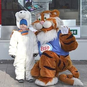 ESSO TIGER ToonWalk Nürnberg 01-02-14 walkact event promotion 2 © TIGER-OFFICE.NET