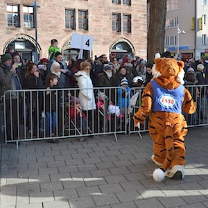 ESSO TIGER ToonWalk Nürnberg 01-02-14 walkact event promotion 6 © TIGER-OFFICE.NET
