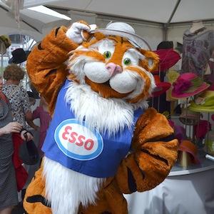 ESSO 145 Deutsches Derby Meeting Hamburg 05-07-14 11 © TIGER-OFFICE.NET