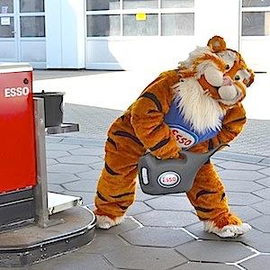 ESSO Station Hofgeismar Strassenfest Festzug Hessentag 2015 07-06-15 39 © TIGER-OFFICE.NET