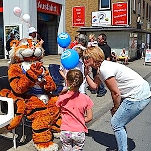 ESSO Station Hofgeismar Strassenfest Festzug Hessentag 2015 07-06-15 4 © TIGER-OFFICE.NET