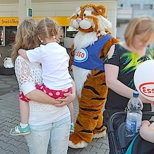 ESSO Station Hofgeismar Strassenfest Festzug Hessentag 2015 07-06-15 49 © TIGER-OFFICE.NET