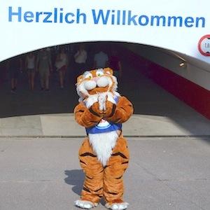 ESSO 146 Deutsches Derby Meeting Hamburg 05-07-15 1 © TIGER-OFFICE.NET