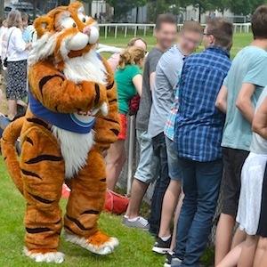 ESSO 146 Deutsches Derby Meeting Hamburg 05-07-15 10 © TIGER-OFFICE.NET
