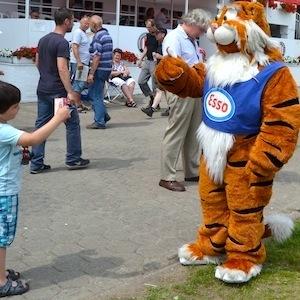 ESSO 146 Deutsches Derby Meeting Hamburg 05-07-15 4 © TIGER-OFFICE.NET